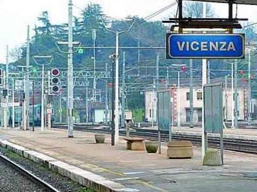 vicenza stazione treni foto